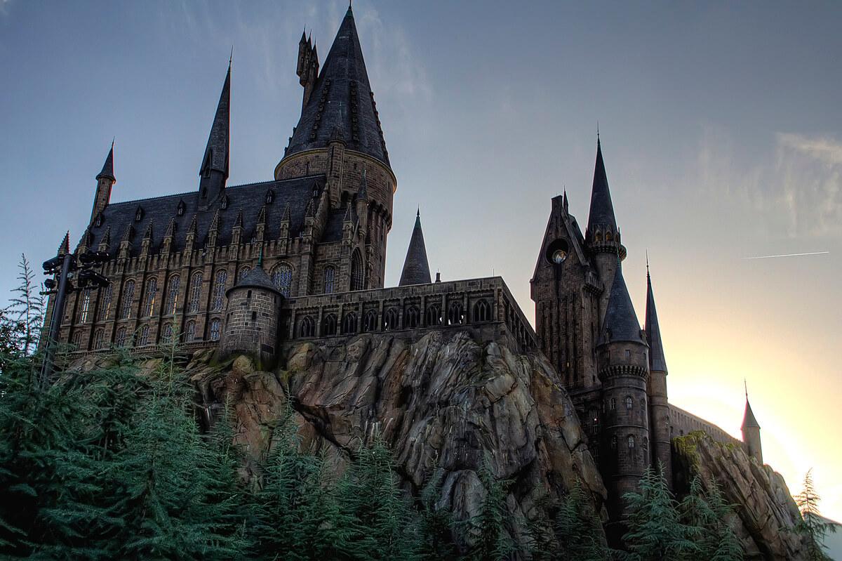 Gay a Hogwarts: sarebbe un posto accogliente? Rowling risponde così