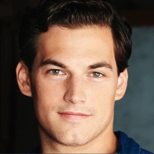 Giacomo Gianniotti: il nuovo bello di Grey\