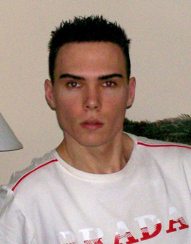 luka_magnotta_gay_escort_omicida