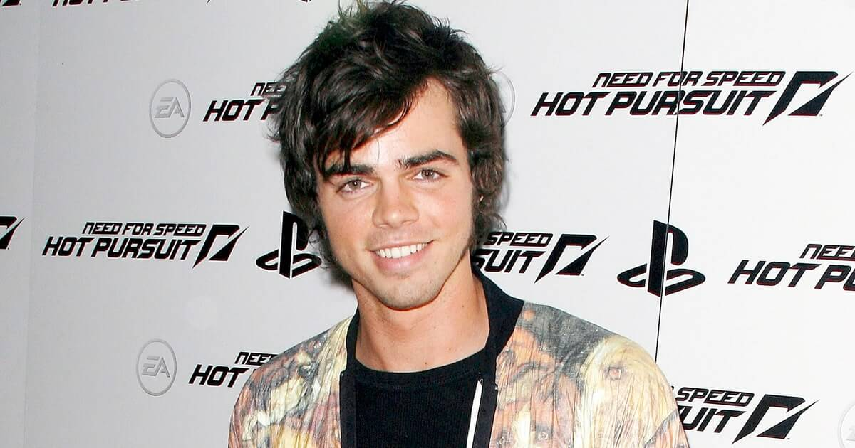 reid_ewing_modern_family_coming_out