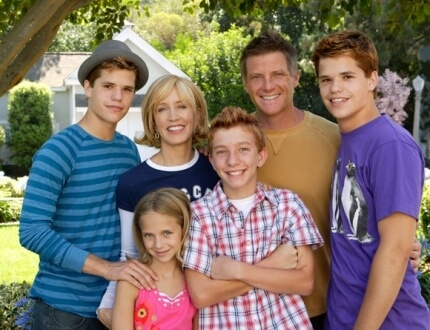 charlie_carver_desperate_housewives_cast