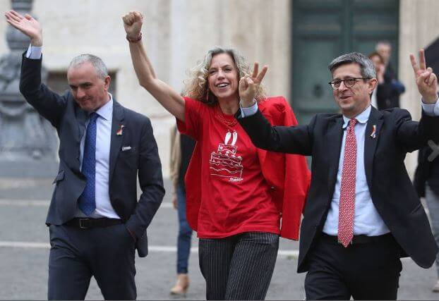 unioni_civili_sit_in_montecitorio_cirinna_lo_giudice