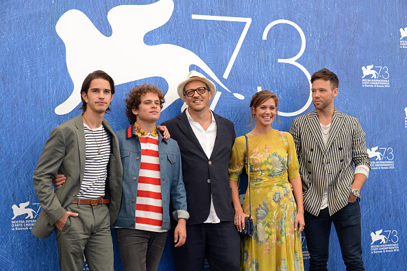 VENICE, ITALY - SEPTEMBER 01: (L-R) Actors Joey Haro, Brando Pacitto, director Gabriele Muccino, actors Matilda Lutz and Taylor Frey attend a photocall for 'L'Estate Addosso - Summertime' during the 73rd Venice Film Festival at on September 1, 2016 in Venice, Italy. (Photo by Dominique Charriau/WireImage)