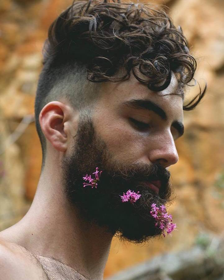 Barba, primavera e fiori